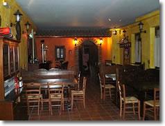 Pub Ristorante Pizzeria LE TERRAZZE DELLA LUNA a Costacciaro vicino a Gubbio